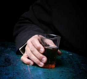 Pregare il marito bevente